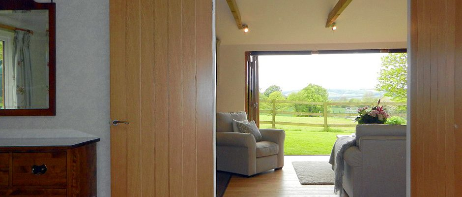 black-hedges-hampshire-lounge-view