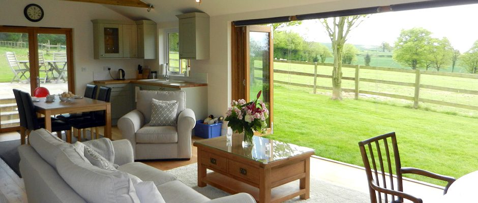 black-hedges-lounge-view